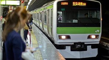 Yamanote_Line_3
