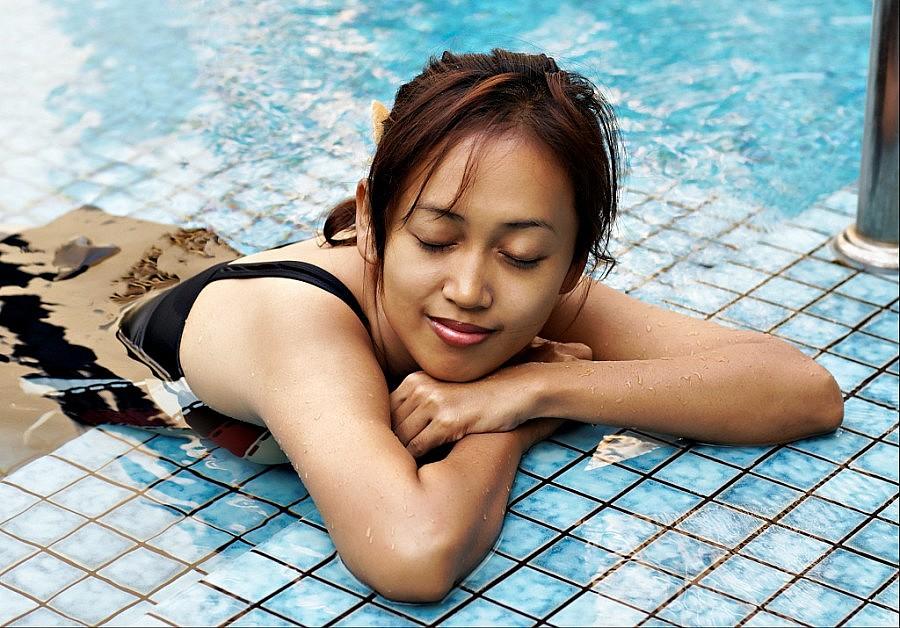 Foto di ragazze thailandesi for Dormire a phuket