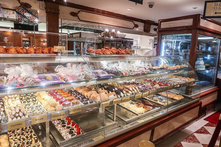 mentana vs ferrara bakery - photo#19