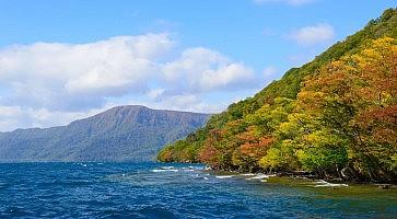 lago-towada