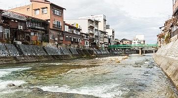 vecchia-takayama