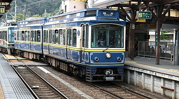 Enoden Line in Kamakura at Hase station, Kamakura, Japan